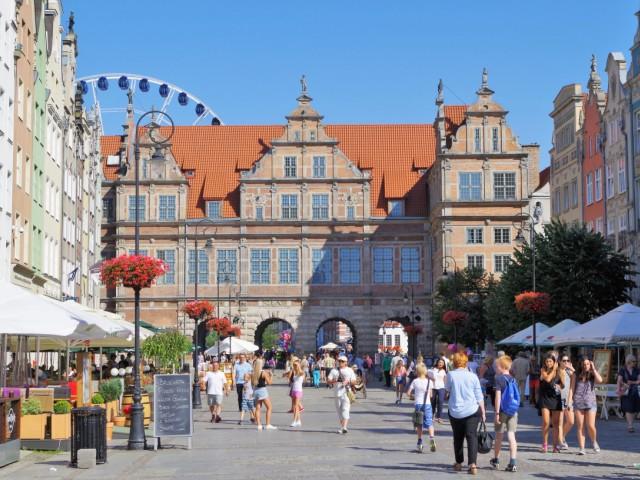 Zielona Brama naDługim Targu wGdańsku. Wycieczka doGdańska, Sopotu, Gdyni, Malborka – Hit The Road Travel