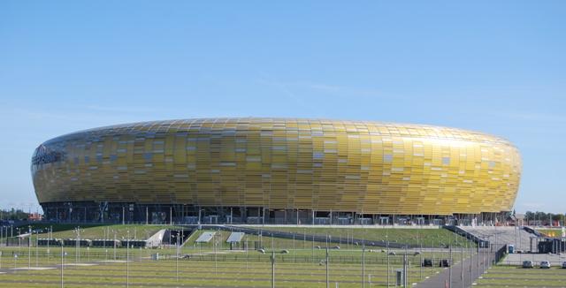 Bursztynowa Arena - Stadion Energa wGdańsku. Wycieczka dla miłośników bursztynu – Hit The Road Travel