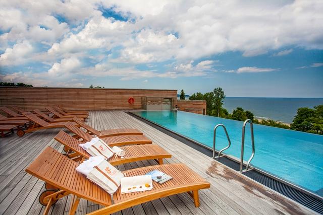 Luksusowy hotel ze spa z widokiem na morze. Wycieczki do Sopotu – Hit The Road Travel