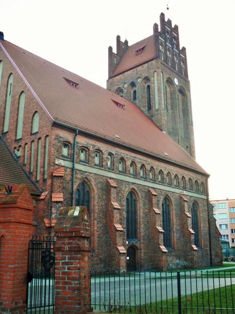 Kościół św.Jakuba wLęborku. Wycieczki pomorskim szlakiem pielgrzymek doSantiago De Compostela – Hit The Road Travel