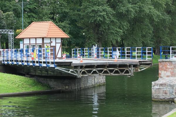 Most obrotowy wGiżycku. Wycieczka naMazury – Hit The Road Travel