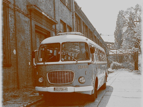 Autobus Jelcz 043. Zwiedzanie Gdańska zabytkowym autobusem – Hit The Road Travel