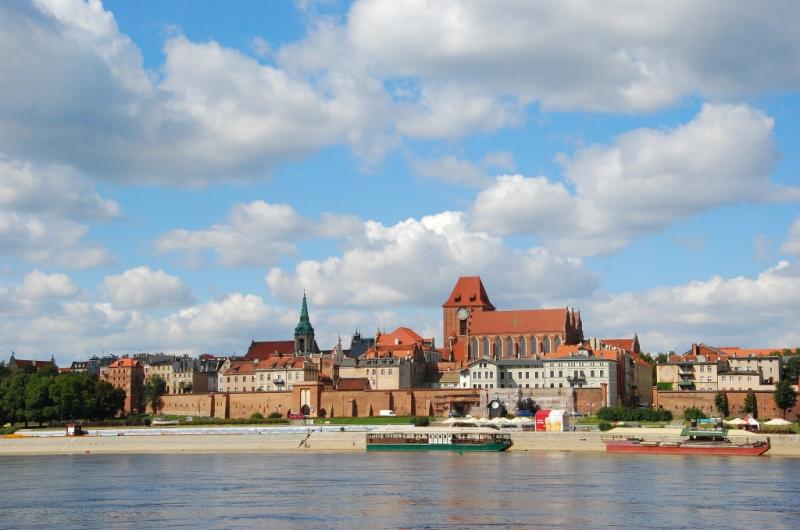 Toruń - widok na Stare Miasto od strony Wisły