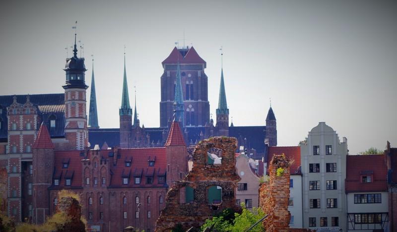 Panorama Gdańska od strony wschodniej. Wycieczki objazdowe po Polsce – Hit The Road Travel