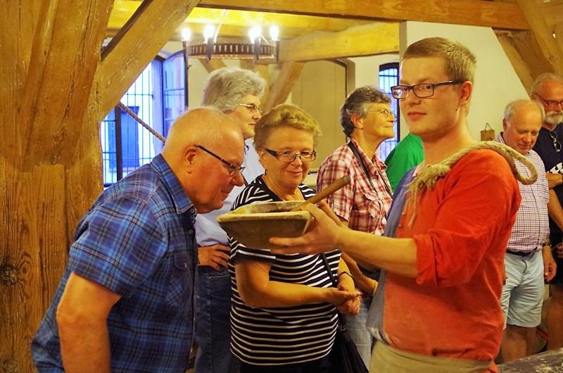 Żywe Muzeum Piernika w Toruniu. Wycieczka objazdowa – Hit The Road Travel