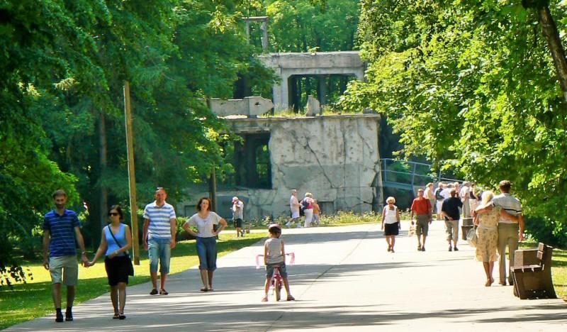 Nowe Koszary, Westerplatte. Wycieczki objazdowe poPolsce – Hit The Road Travel