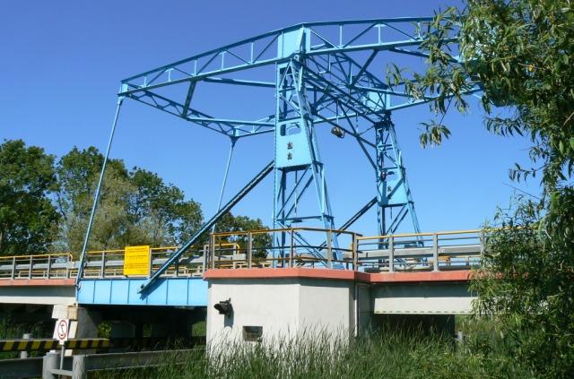 Most zwodzony w Rybinie. Wycieczki rowerowe – Hit The Road Travel