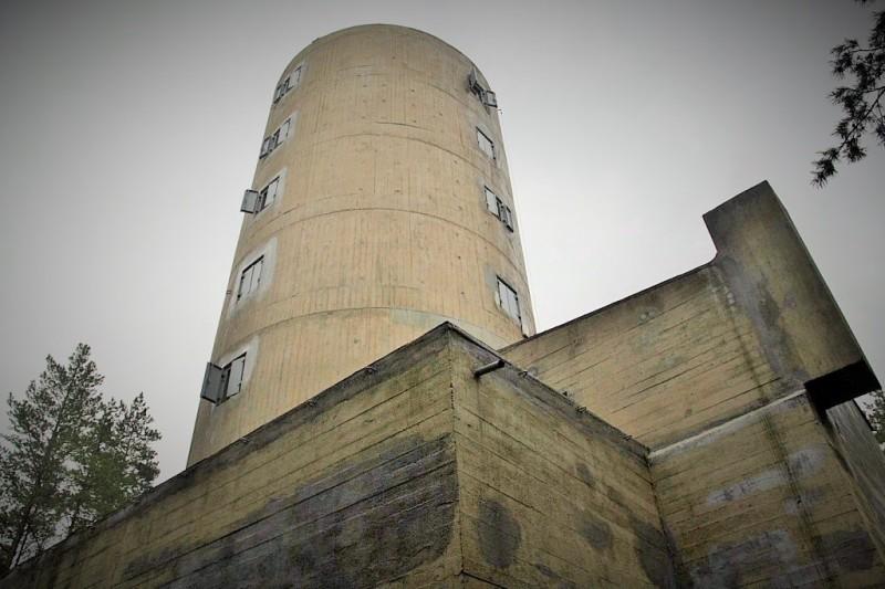 Wieża kierowania ogniem, Hel. Wycieczki historyczne – Hit The Road Travel