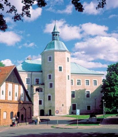 Zamek Książąt Pomorskich w Słupsku. Wycieczki do Sopotu – Hit The Road Travel