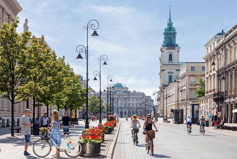 Krakowskie Przedmieście. Wycieczka doWarszawy – Hit The Road Travel