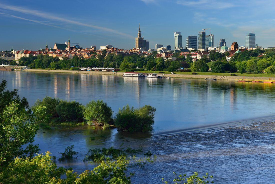 Panorama Warszawy. Wycieczka doWarszawy – Hit The Road Travel