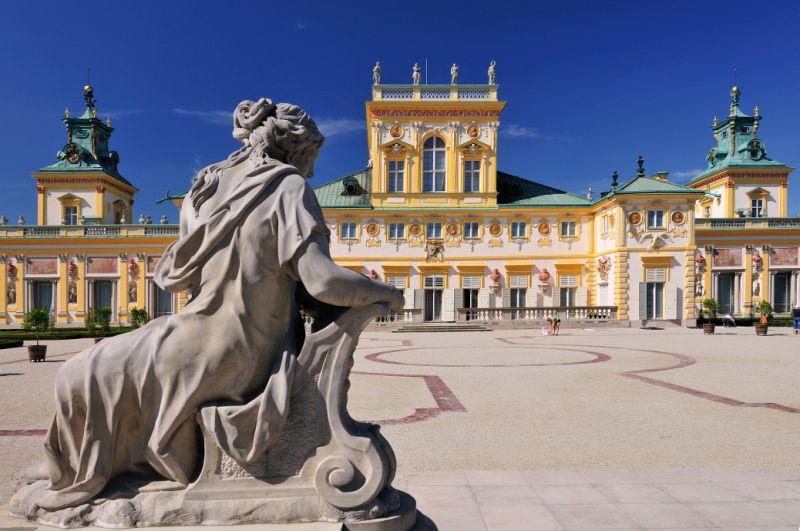 Pałac w Wilanowie. Wycieczka do Warszawy – Hit The Road Travel