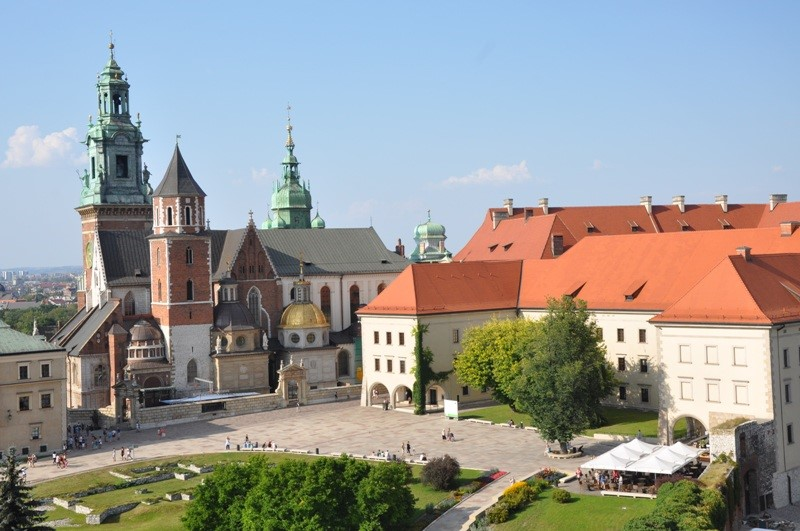 Katedra iZamek Królewski naWawelu. Wycieczka doKrakowa – Hit The Road Travel